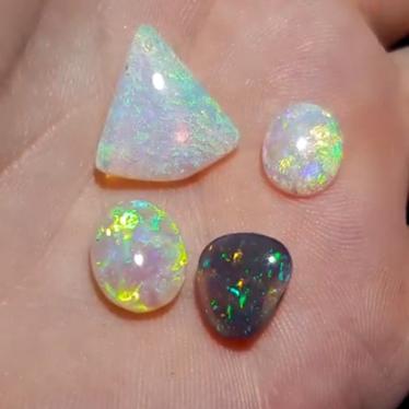 Crystal Opal Loose Stone